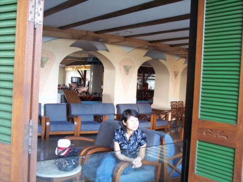 cafe-at-the-resort.jpg